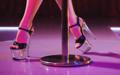 10 Things Not To Say To A Stripper